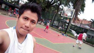 Idam Abad 21 Selain Musisi Juga Pemain Basket