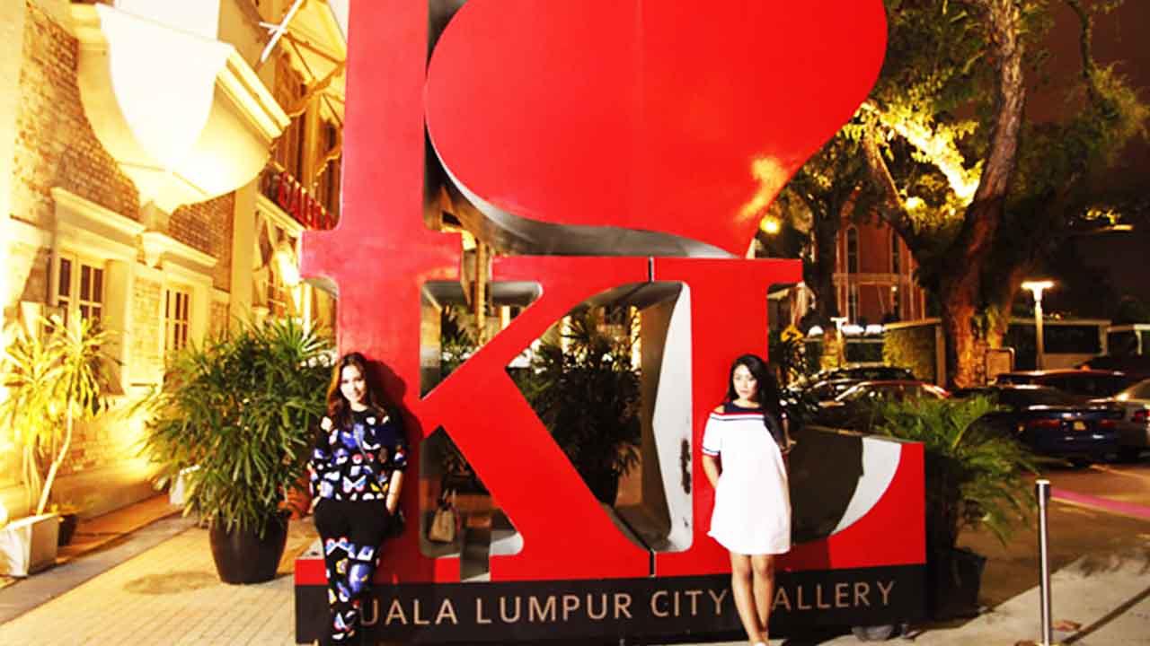 Duo Anggrek Wisata Belanja & Kuliner di Kuala Lumpur