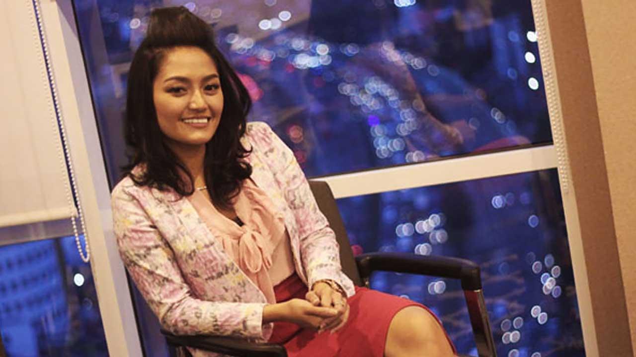 Siti Badriah Sedia Cemilan di Lokasi Syuting