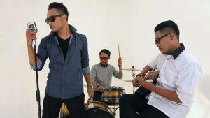 DeRama Band Visit 9 Radio Dalam Satu Kota