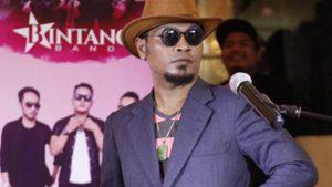 Helmy Bintang Band Garap Video Klip Penyanyi Asal Kota Bogor