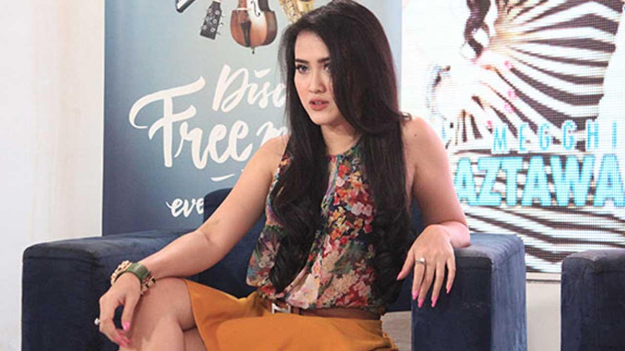 Megghie Diaz Tampil di Joox TV