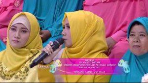Penasaran Uut Selly Pakai Hijab?