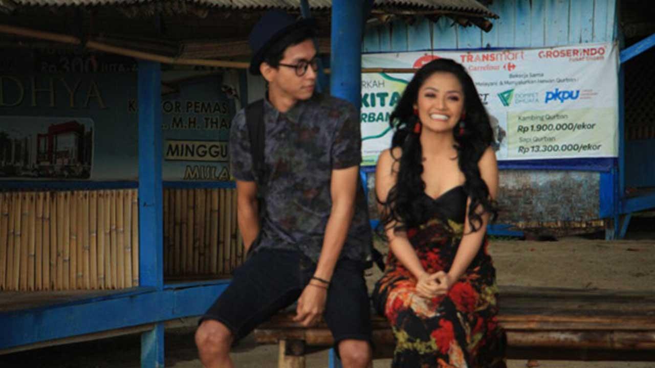 Siti Badriah Kasihan Lihat Mantan