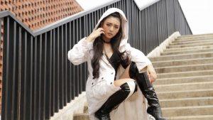 Dilza Main Film di Singapura Berjudul 11-12