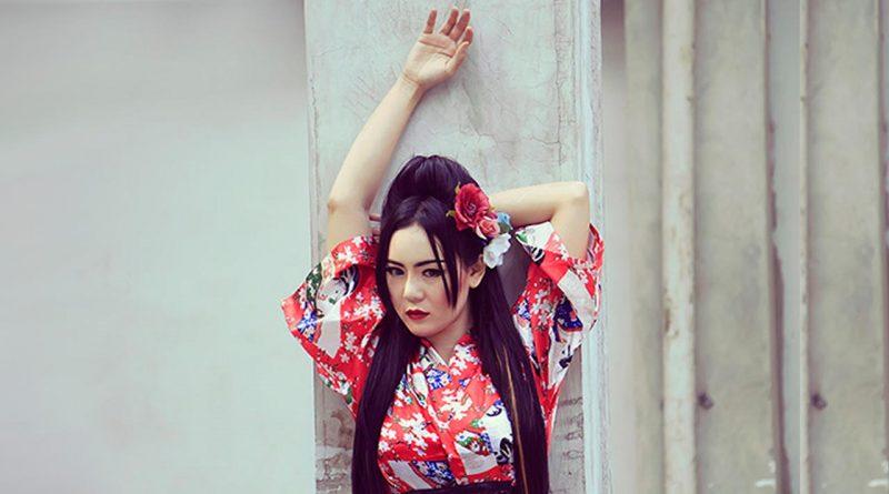 Neng Oshin Suka Tokoh Sailor Moon