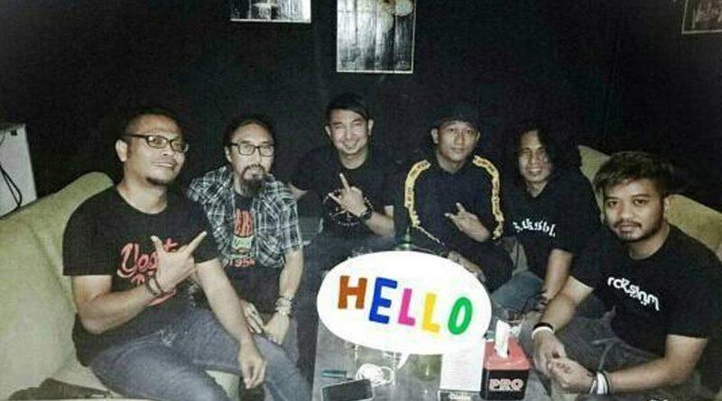 Bintang Band Dikelola Manajer Dewa19