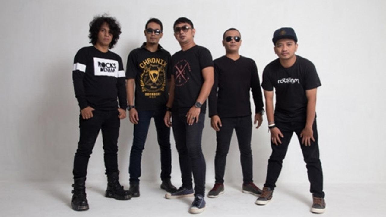 Bintang Band Feat Rendy Zigas Tampilan Baru di Album Baru