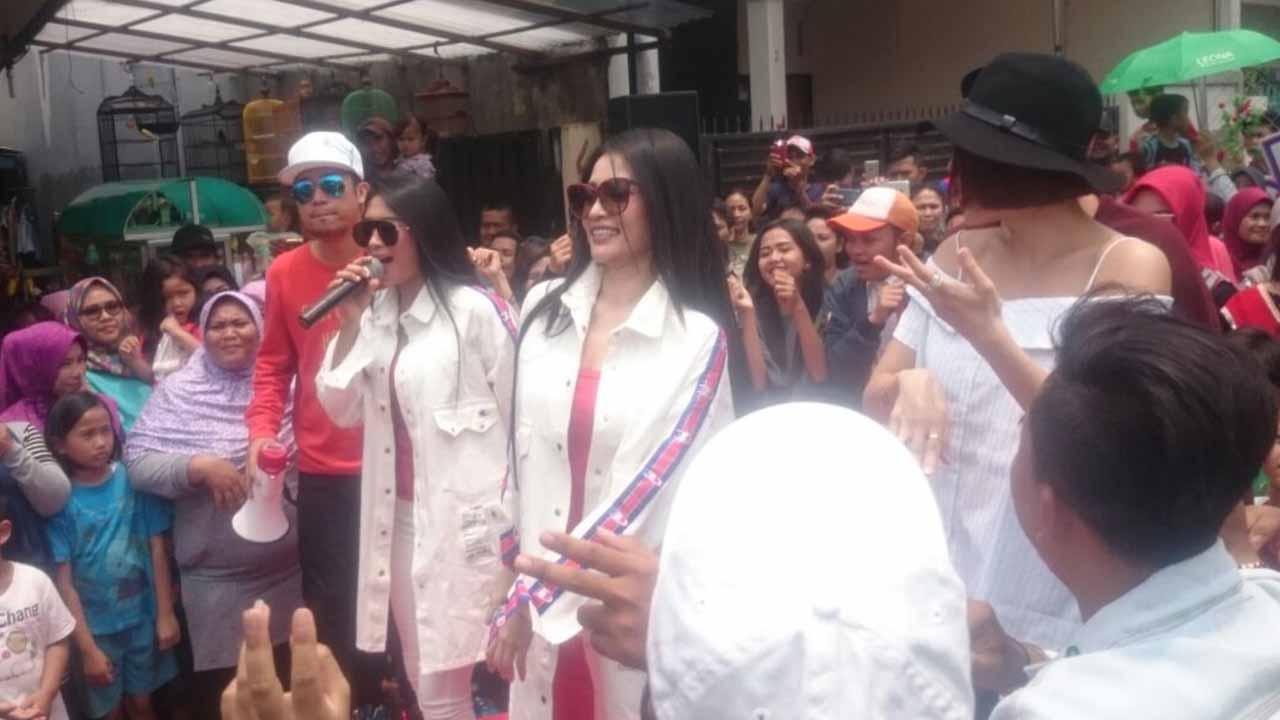 Duo Anggrek Hibur Warga Kebun Jeruk di Acara Dahsyat RCTI