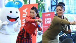 Fitri Carlina & Siti Badriah Meet And Greet Bersama Fans