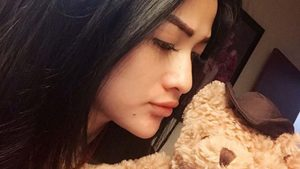 Hesty Klepek Klepek Cinta Teddy Bear