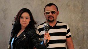 Neng Oshin Feat Eddy Law Cengkok Dangdut dan Melayu Bersatu