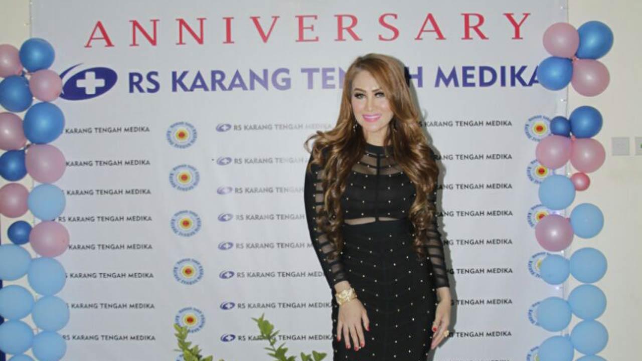 Connie Nurlita Aksi Dangdut Nusantara di RS Karang Tengah Medika Ciledug