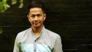 Delon Hadir di Konser Simfoni Layar Perak Indonesia