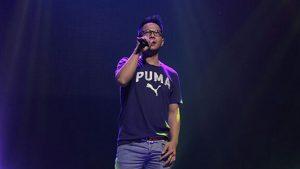 Delon Konser Simfoni Layar Perak Indonesia