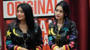 Duo Anggrek Ajak Karyawan Alfamidi Goyang Nasi Padang