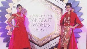 Duo Anggrek Goyang Nasi Padang Semakin Membahana