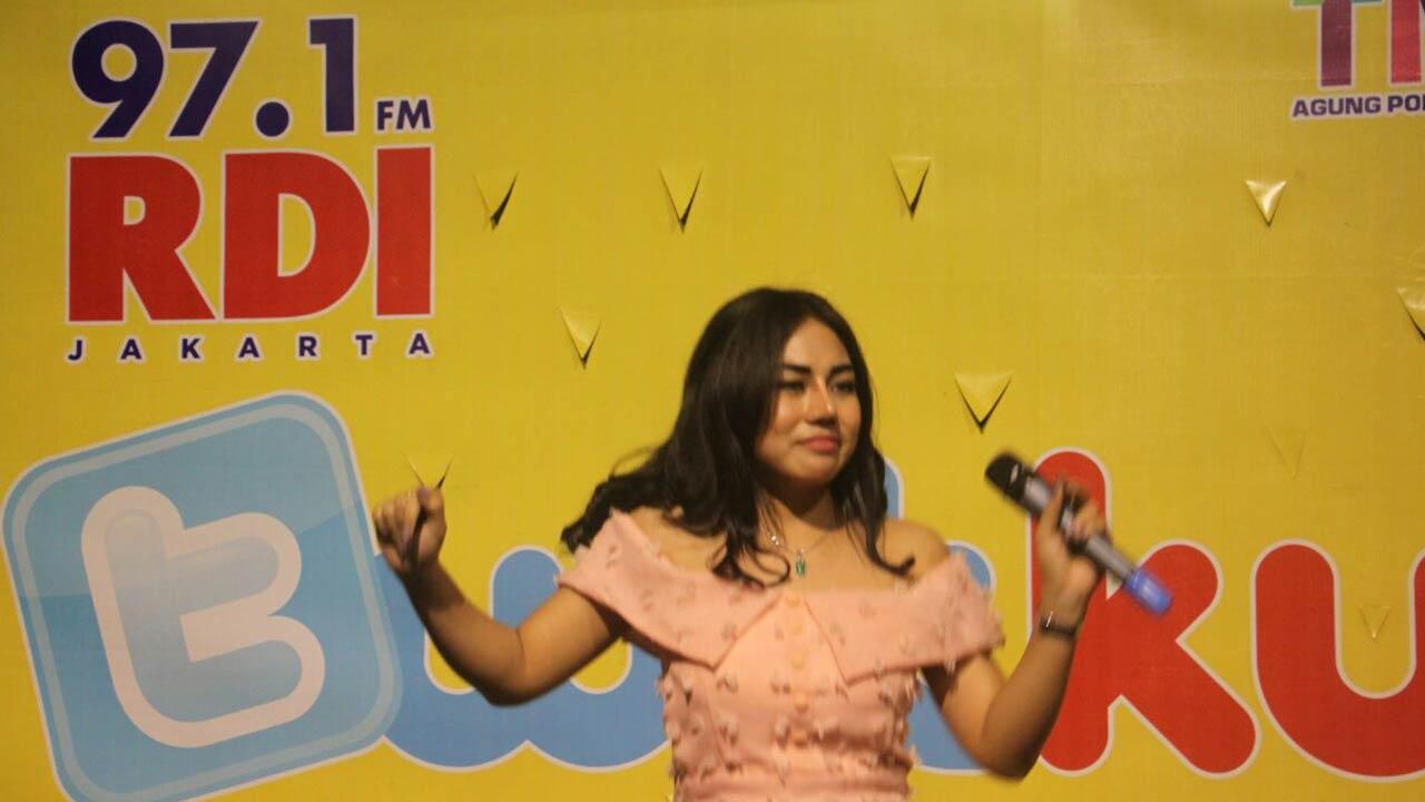 Ayu Maharany Meriahkan Acara Twikustik Radio RDI di Thamrin City