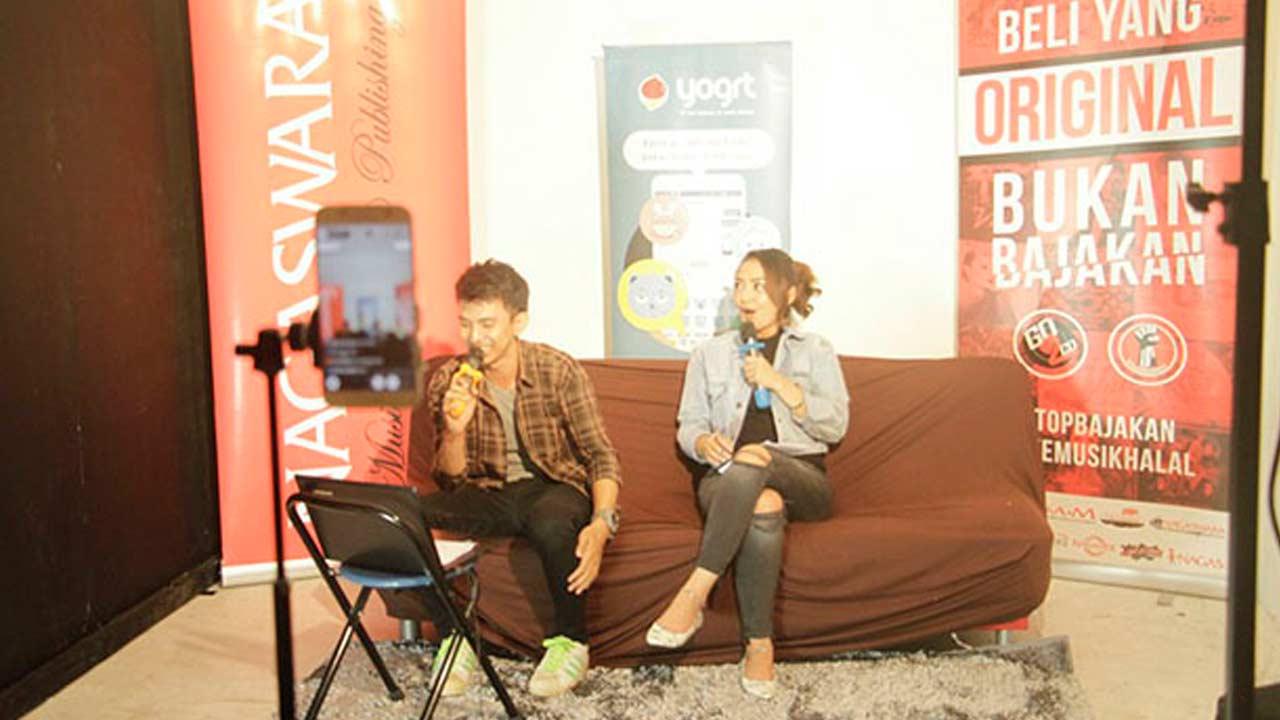 Siti Badriah Live Streaming di Yogrt