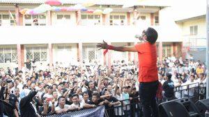 KK Band Tampil Heboh di SMA Hutama Pondok Gede