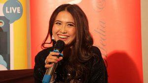 Megghi Diaz Live Streaming di acara Yogrt