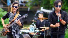 Jaluz Band Gandeng Gitaris Cewek