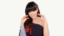Neng Oshin Ajak Teman Artis Karaoke Bareng
