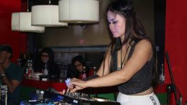 Vellin Chu Ratu Begal Ajang DJ Terbaik