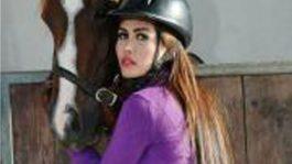 Ratu Meta Berkuda Jadi Olahraga Seksi