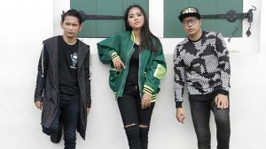 Caramel Band Syuting Video Klip Akar Peneguh