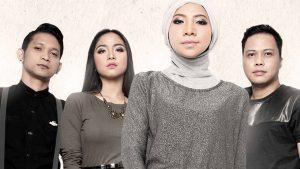 Gemala Feat Caramel Band Kilas Balik Lewat Beda