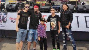 KK Band Silaturahmi Dengan Fans