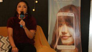 Siti Badriah Live Sambil Nyanyi Bareng Penggemar