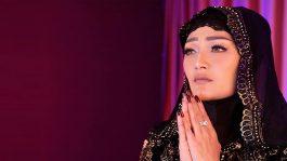 Siti Badriah Bawakan Lirik Religi Menghanyutkan
