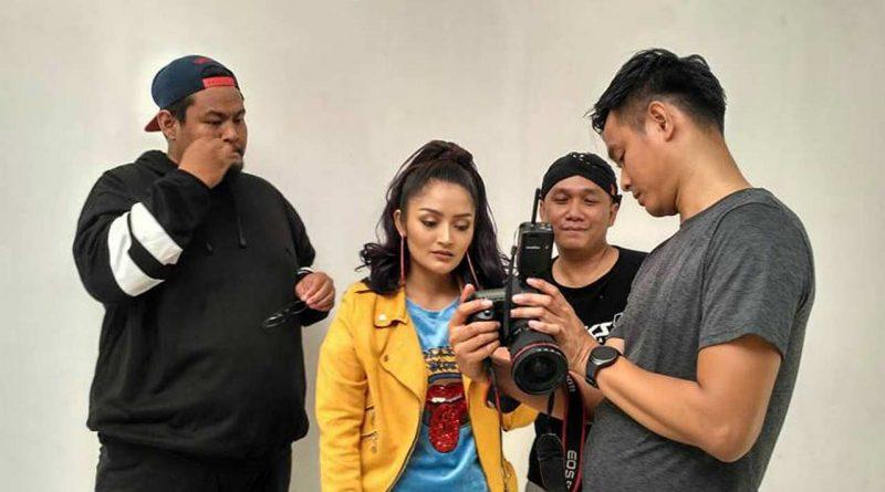 RPH Feat Siti Badriah Lagi Syantik VS Lagi Tamvan