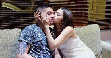 Hamil 2 Bulan Selvi Kitty MaHamil 2 Bulan Selvi Kitty Makin Sayang Suamikin Sayang Suami