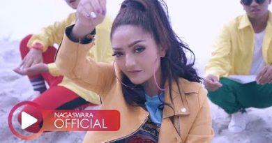 RonyRom Sutradara yang Anak Band