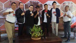 Dadang Nekad Bikin Lagu untuk Jokowi