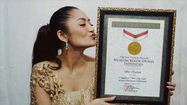 Dapat MURI Siti Badriah Bangga Terharu Jadi Satu