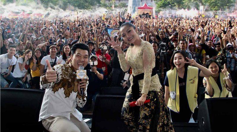 Bawakan Lagu Lagi Syantik, Sibad Goyang Taiwan