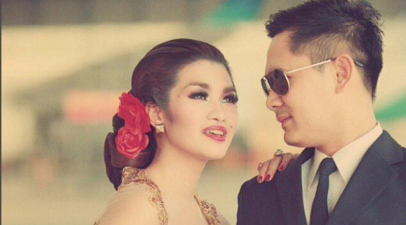 Fitri Carlina Ikut Merasakan Duka Keluarga Lion Air JT610