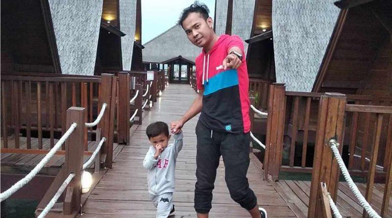 Vokalis DeRama, Anak Band yang Jadi Single Parent