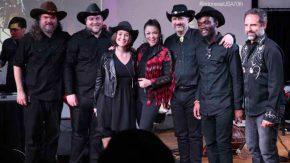 Andrew dan Meghan Hynson Tokoh Dibalik Dangdut Cowboys