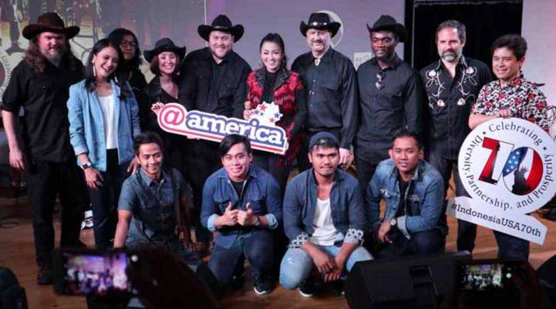 Fitri Carlina Kolaborasi dengan Dangdut Cowboys dari Amerika