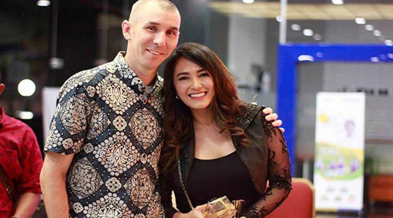 Sherly May, Musik Indonesia Membanggakan Dunia