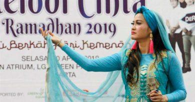 Meski Sakit Velline Ratu Begal Tetap Promo Single Religi
