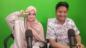 Sella Selly Latihan Berhijab