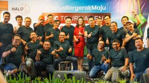 Chipi 2NAGA Memandu Acara HALO Golf Club