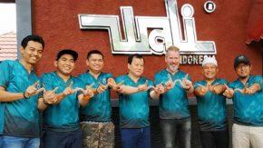 Berkunjung ke Base Camp Wali, Steve Lillywhite Tawar Garap Lagu Bareng Apoy