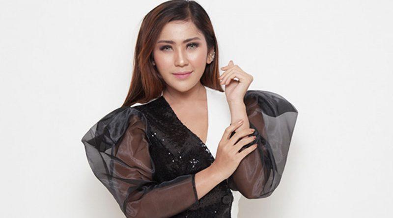 Amciong, Yuni R Disakiti Pacar